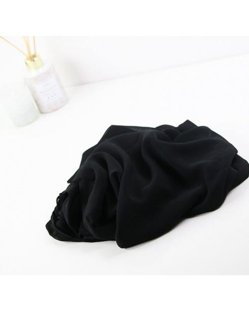 Hijab carré en mousseline noir