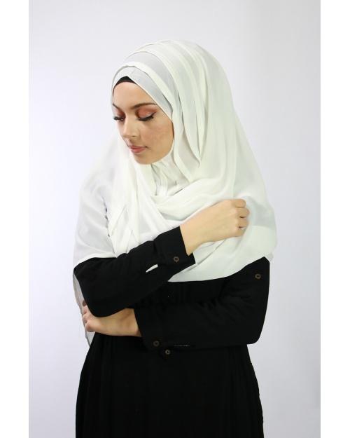 Hijab à enfiler entiérement cousu Ecru